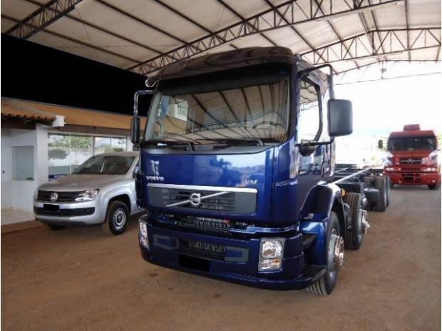 Vm 260 8x2 2010/2010 bitruck chassis