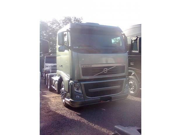 Volvo fh 440 6x2 ano 2010 + bitrem guerra 2004/05