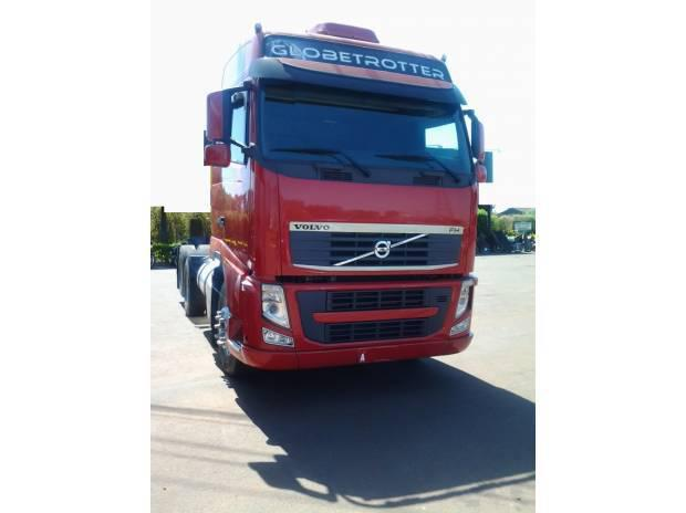 Volvo fh 440 globetrotter 6x2 ano 2010/11