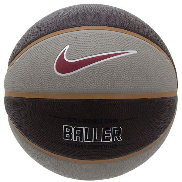 Bola de basquete nike baller usada poucas vezes
