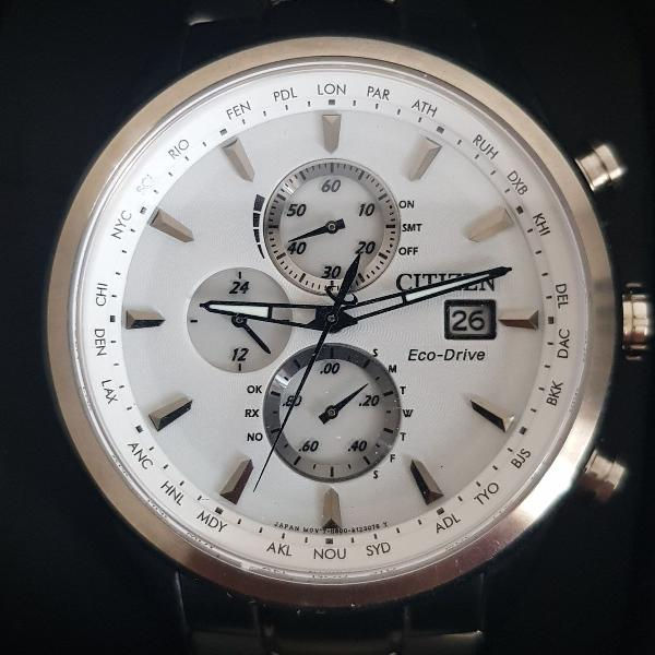 Relógio citizen eco-drive tz30302k / at8011-55a