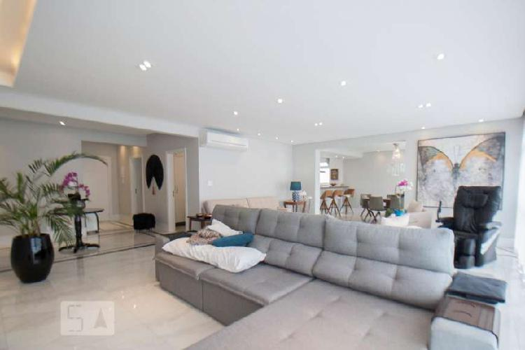 Apartamento à Venda - Higienópolis, 3 Quartos, 240 m2