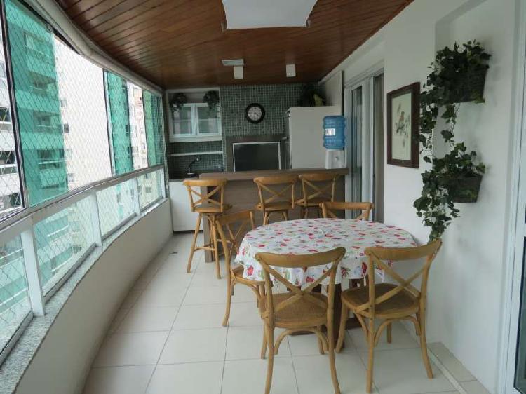 Apartamento com 03 quarto perto da AV Brasil