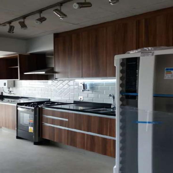 Apartamento para aluguel tem 74 metros quadrados com 1