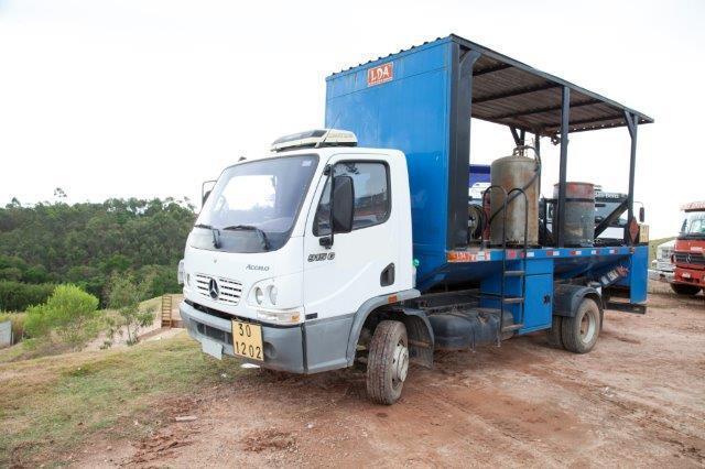 Comboio lubrificador 915c mercedes bens 2009 com 8900 km