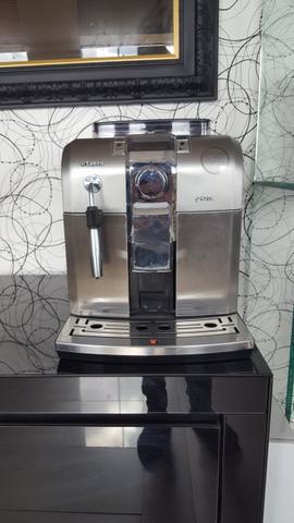 Máquina cafe expresso syntia saeco