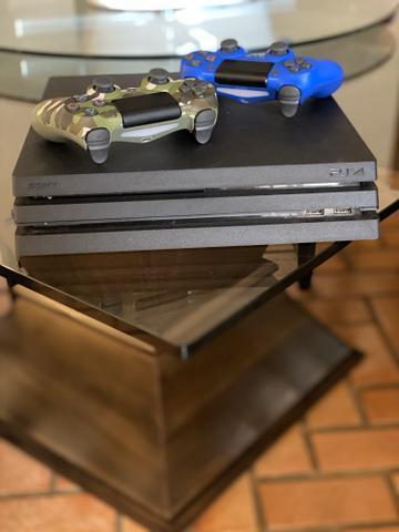 Playstation 4 pro + 2 controles + jogos