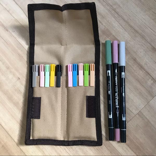Kit brush pen