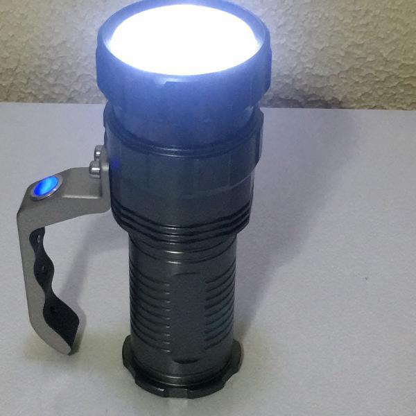 Lanterna tática super led