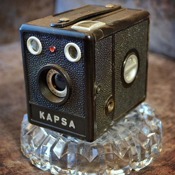 Máquina fotografica antiga retro