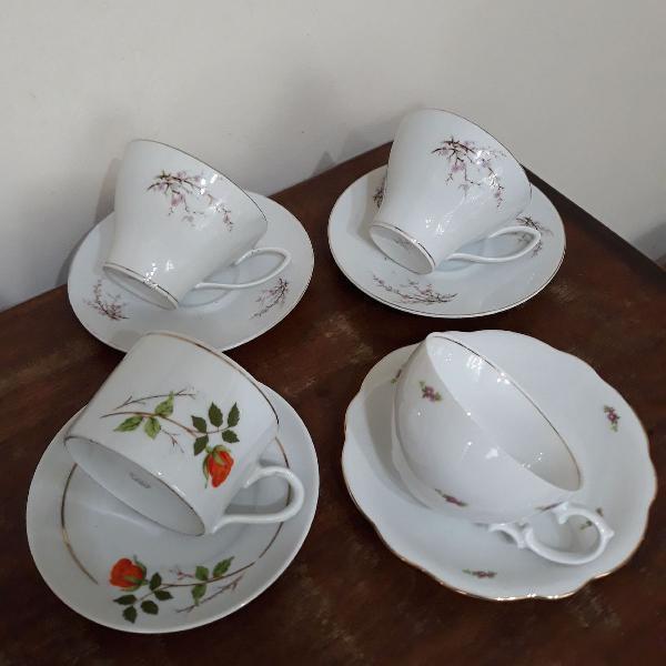 4 xícaras de chá juntas