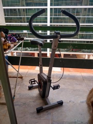Bicicleta ergométrica dream fitness