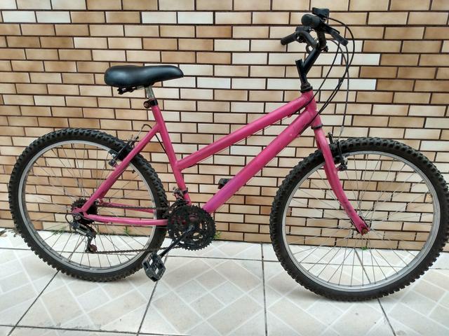 Bicicleta feminina de marcha