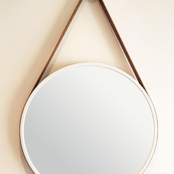 Espelho com alça de couro sintético