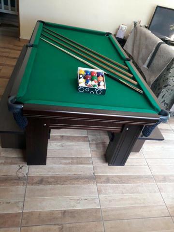 Mesa madeira caçapa de redes | mesa preta | tecido verde |