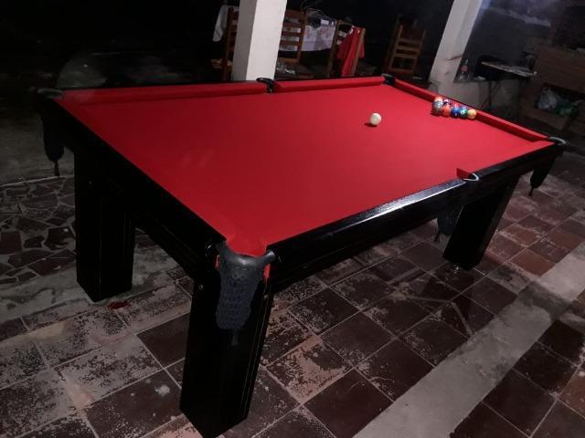 Mesa madeira frete grátis | mesa preta | tecido vermelho |