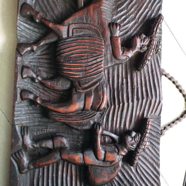 Placa em madeira maciça entalhada - severino batista