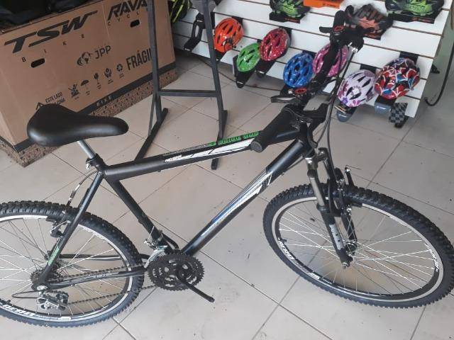 R$ 499 bicicleta aro 26 com roda aero e suspensão nova