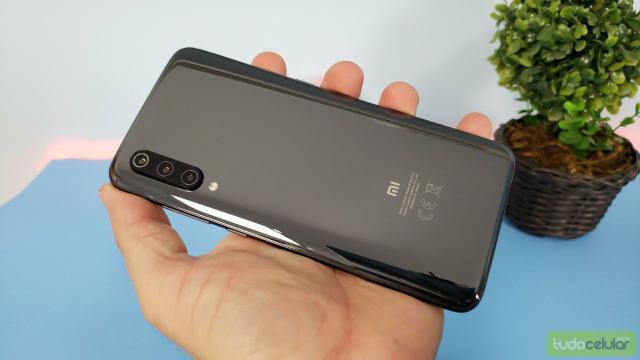 Smartphone xiaomi mi 9 lite 128gb/6gb versão global -