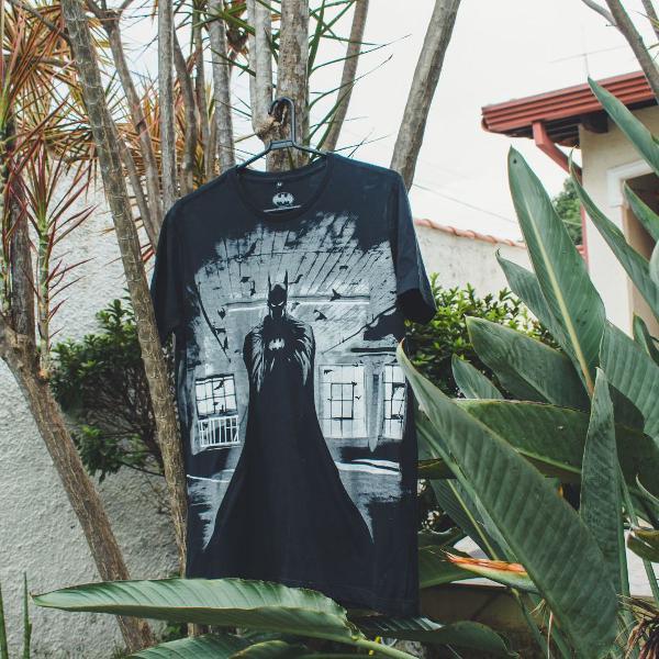 Camiseta com estampa do batman