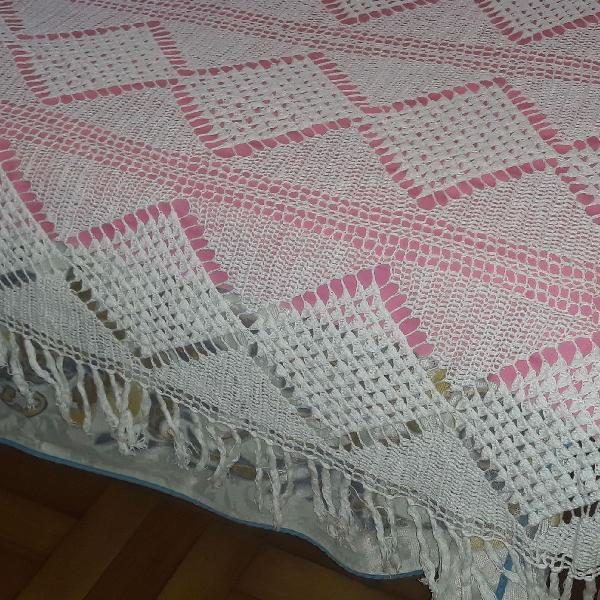 Colcha de crochê casal feita a mão