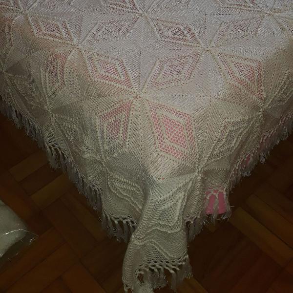 Colcha de crochê feita a mão tamanho casal