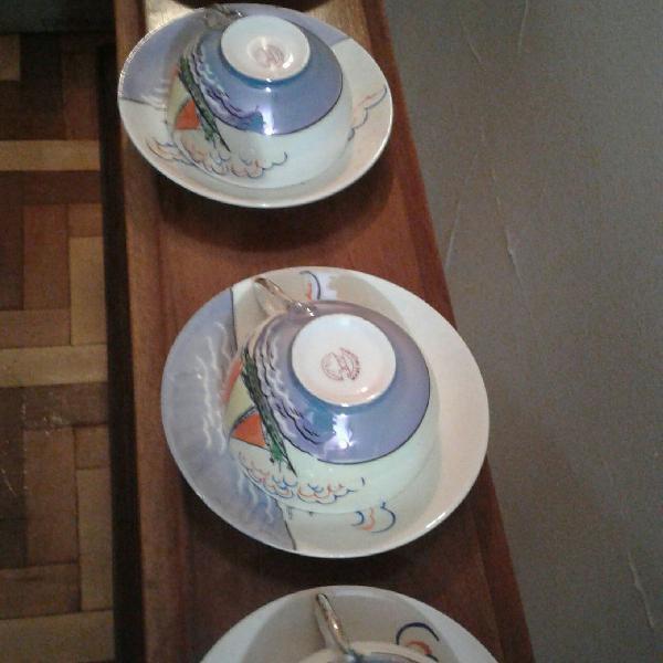 Conjunto xícaras e pires antigos porcelana japonesa