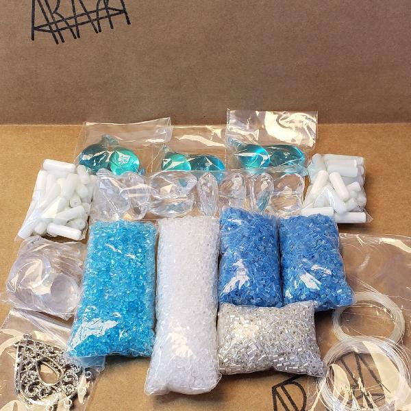 Kit artesanato azul
