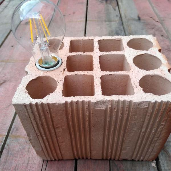 Luminária abajur peso porta tijolo de barro