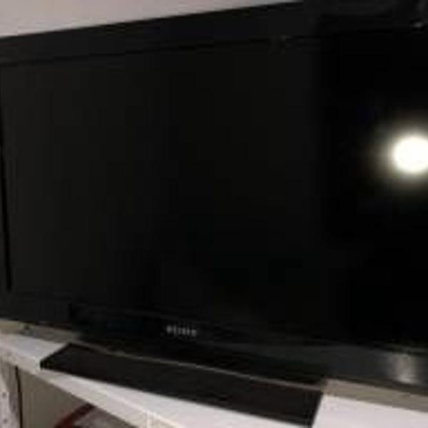 Televisão sony 32 polegadas.