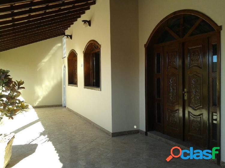Vera cruz|casa com localização privilegiada