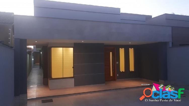 Casa espetacular a venda, 3 dormitórios em itaipuaçú, área nobre!