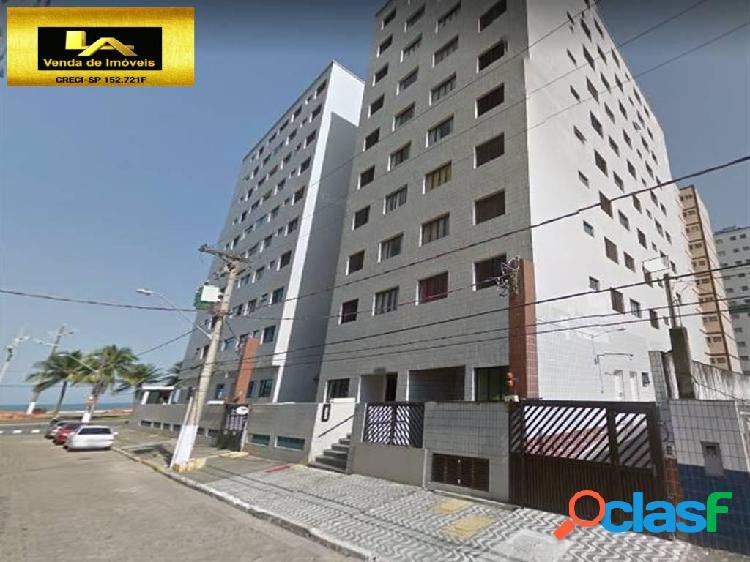Apartamento 2 dormitórios em prédio frente praia na guilhermina