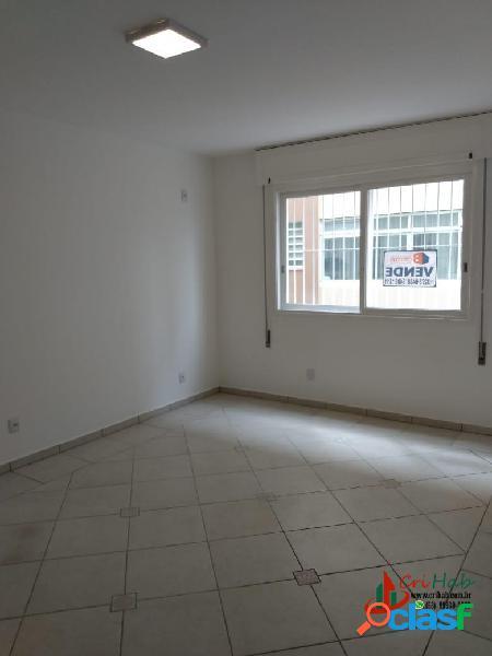 Apartamento com 1 dormitório à venda no centro de pelotas