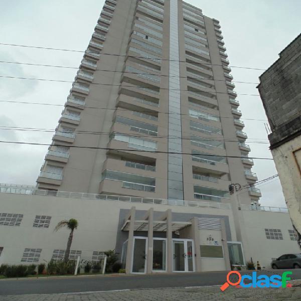 Apartamento mobiliado com 03 dormitórios no centro de poá/sp