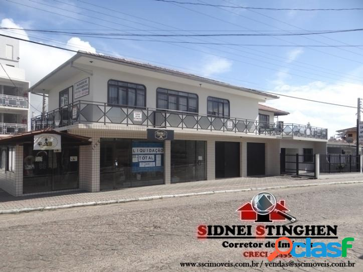 Ótimo investimento em Bal. Barra do Sul-SC. Imóvel central com 03 salas comerciais e mais 07 apartamentos.