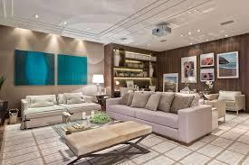 Apartamento, 3 quartos ,8º andar, muito amplo e arejado,