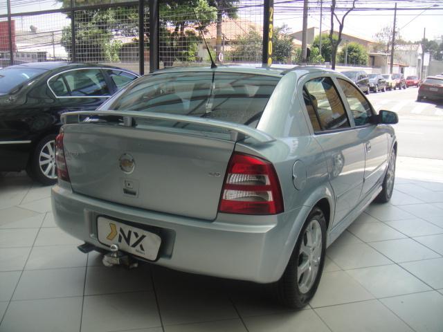 Astra hatch advantage 2.0 (flex) (aut) 2011 (compro)