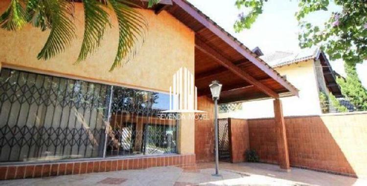 Casa Sobrado para venda 420m², 4 dormitórios sendo 2