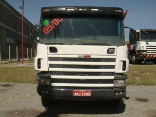 Scania p 124 360 6x4 ano 2005