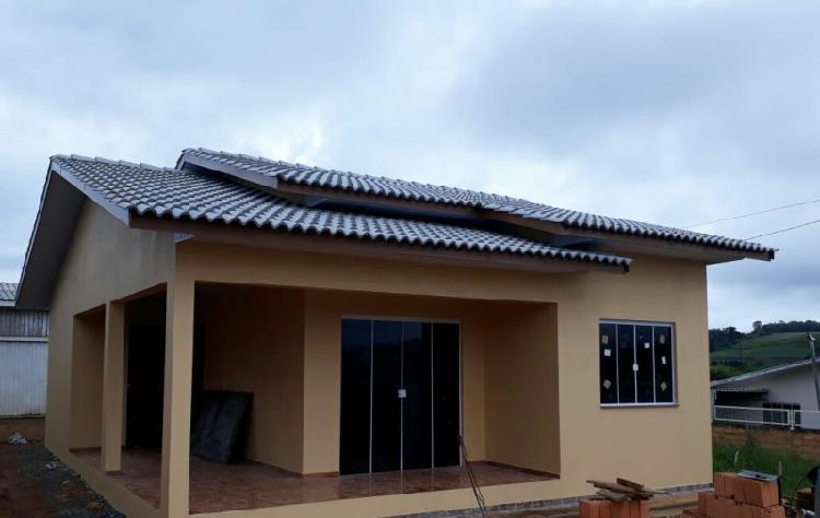 Aluga-se casa nova vila real r$ 750,00