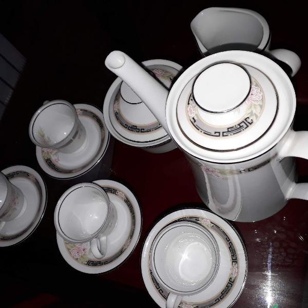 Joguinho para café porcelana