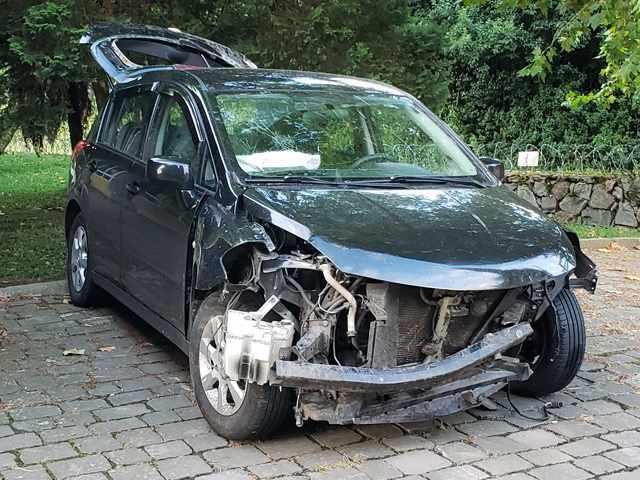 Nissan tiida 18s flex 2010 / 2011 batido