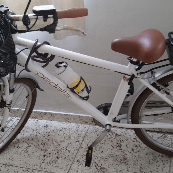 Bicicleta elétrica nova