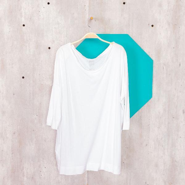 Blusa branca básica