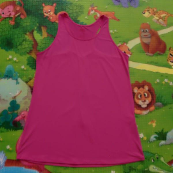 Blusa rosa esporte