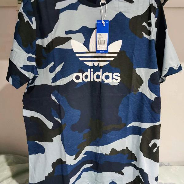 Camiseta adidas camuflada azul originals trefoil