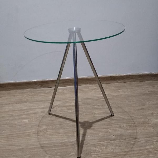 Mesa lateral redonda de vidro (tok&stok)