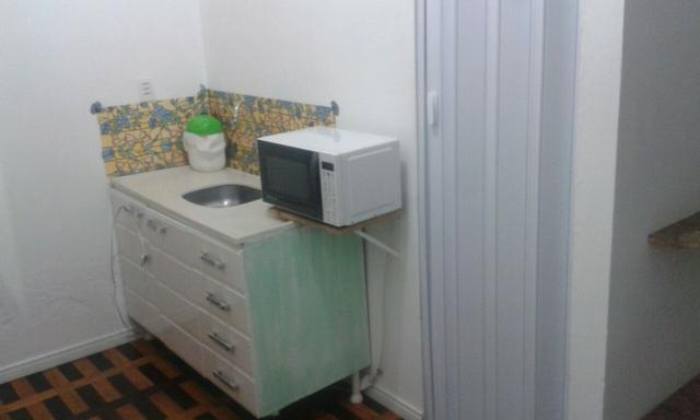 Alugo kitnet toda mobiliada no centro de florianópolis/sc