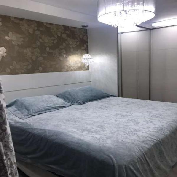 Apartamento 2 Dormitórios com 2 Vagas - Bairro Campestre.